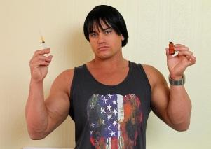 culturista-tras-abusar-de-los-esteroides-
